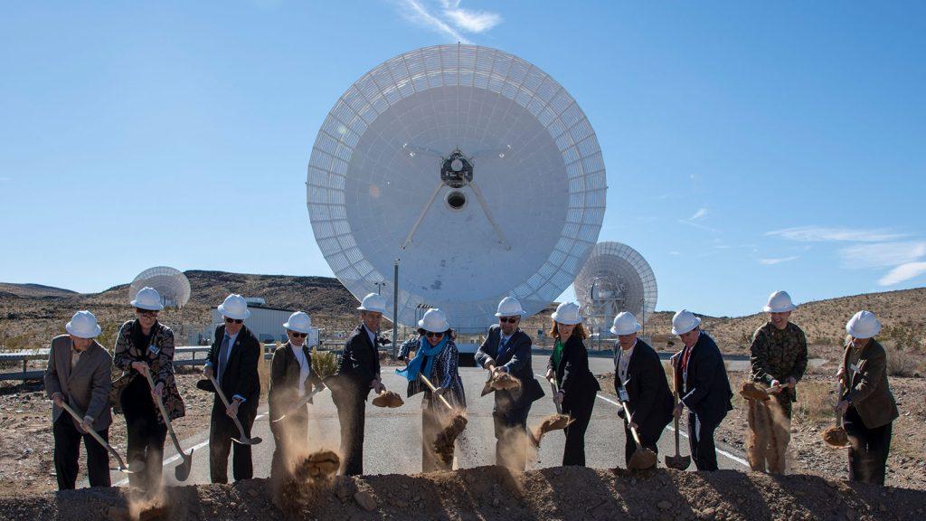 La NASA se prepara para la Luna y Marte con una nueva adición a su red de espacio profundo.