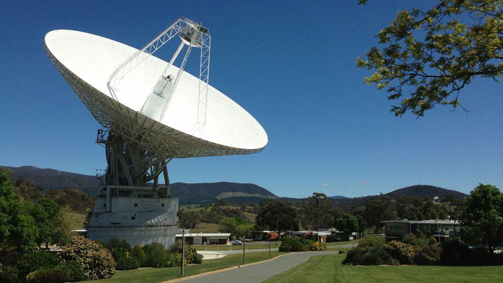 Las actualizaciones de la antena de Espacio Profundo de la NASA afectarán las comunicaciones con Voyager.