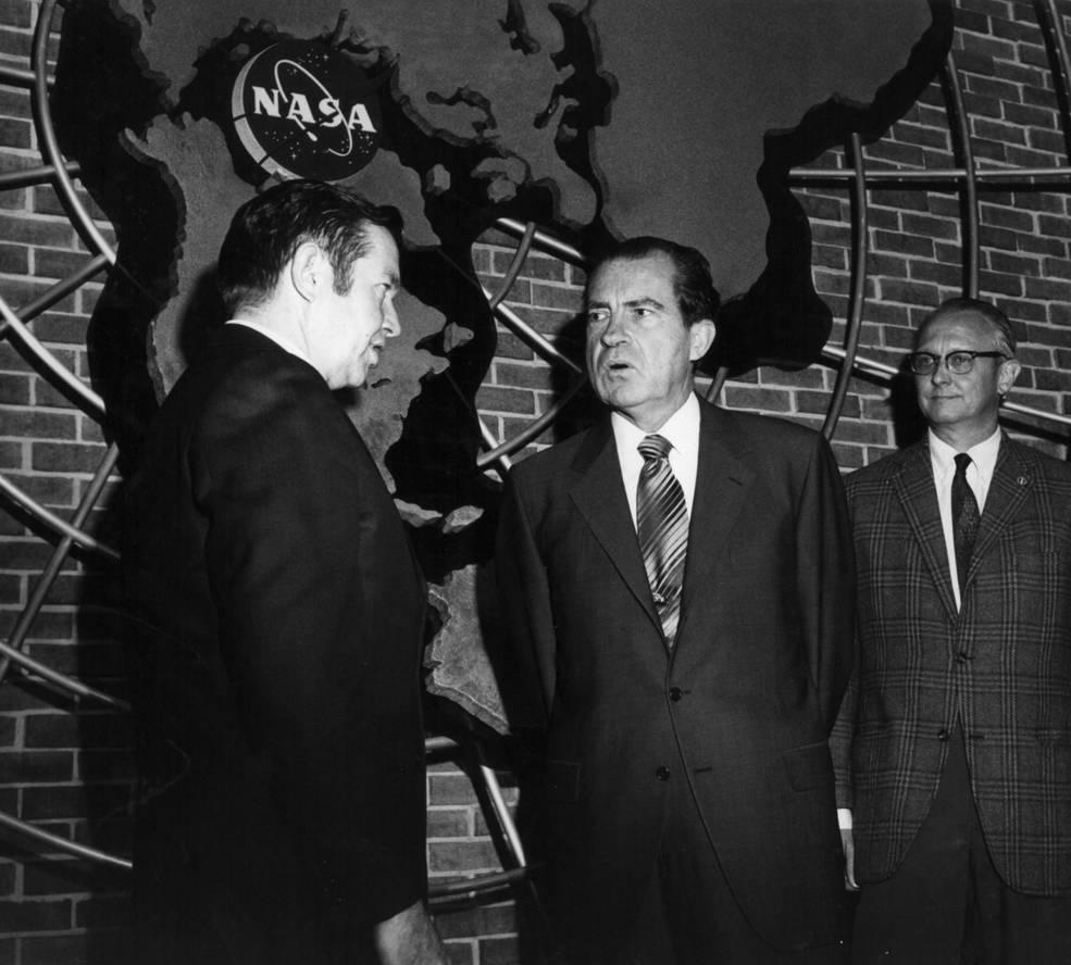 Goddard Informó al presidente Nixon sobre la explosión del Apollo 13.