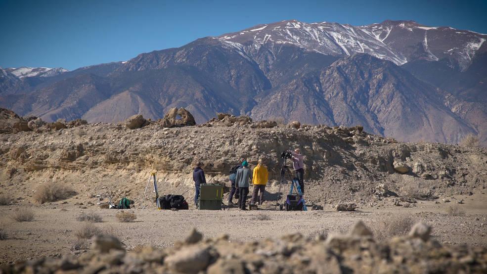 Científicos del Rover de Marte de la NASA, Perseverance, entrenan en el desierto de Nevada.