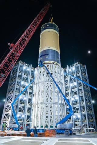La NASA se prepara para completar las pruebas estructurales del cohete Artemis SLS.